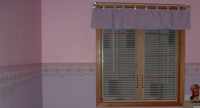 Borders and Custom Valance